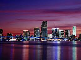 Vista nocturna de Miami