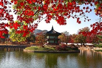 Templo en el lago, Seúl