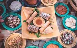 Comida típica marroquí en Marrakech