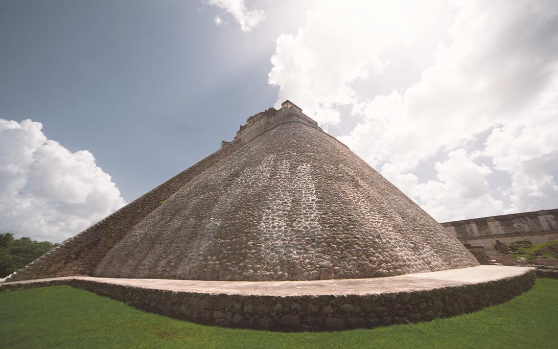 Pirámide del Adivino, Uxmal
